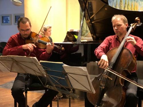 2019.04.27. A 20. SZÁZAD KLASSZIKUSAI, G. HORVÁTH LÁSZLÓ (hegedű), RÓZSA RICHÁRD ( cselló), HOMOR ZSUZSANNA (zongora)